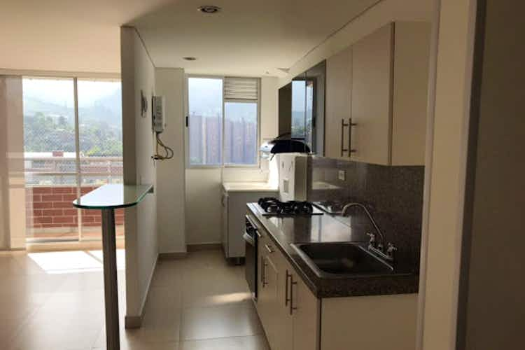 Portada Apartamento en venta en La Doctora, Sabaneta - 75mt, tres alcobas, balcón