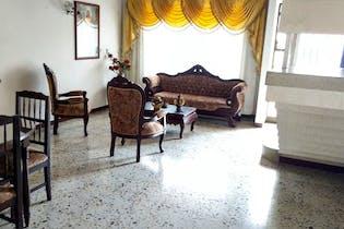 Casa en La América-Simón Bolívar, con 4 Habitaciones - 213 mt2.