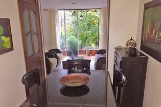 Casa en La América-Calasanz, con 4 Habitaciones - 102 mt2.