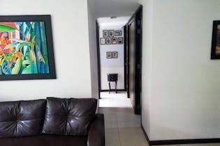Apartamento en Loma de San Jose, Sabaneta - Tres alcobas