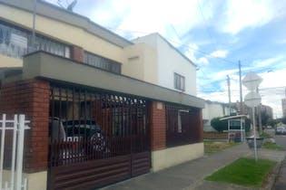 Casa en venta en Barrio Modelia 210m²