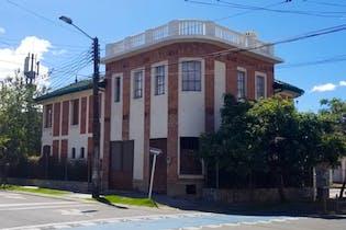 Casa en venta en Barrio Teusaquillo de 5 habitaciones
