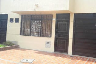 Casa en venta en Barrio La América de 4 habitaciones