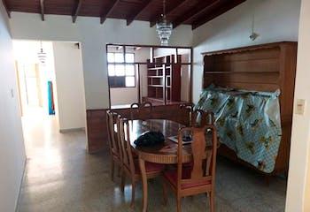 Casa en venta en Simón Bolívar de 4 habitaciones