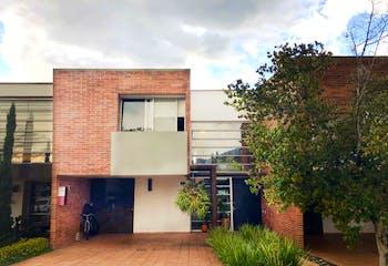Casa en venta en Loma El Atravezado 183m² con Piscina...