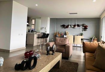 Apartamento en Envigado - parqueadero doble, dos cuartos útiles
