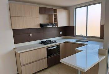 Apartamento en venta en Los Almendros de 3 hab. con Solarium...