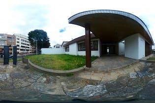 Casa en venta en Santa Bárbara Central con acceso a Jardín