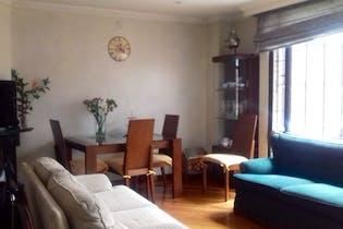 Venta de apartamento en Santa Bárbara, Bogotá con 3 habitaciones y 3 garajes