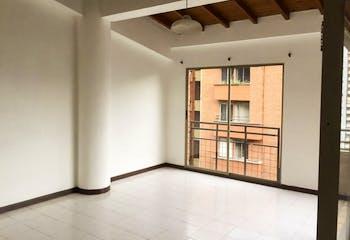 Apartamento en venta en Los Balsos de 185m² con Piscina...
