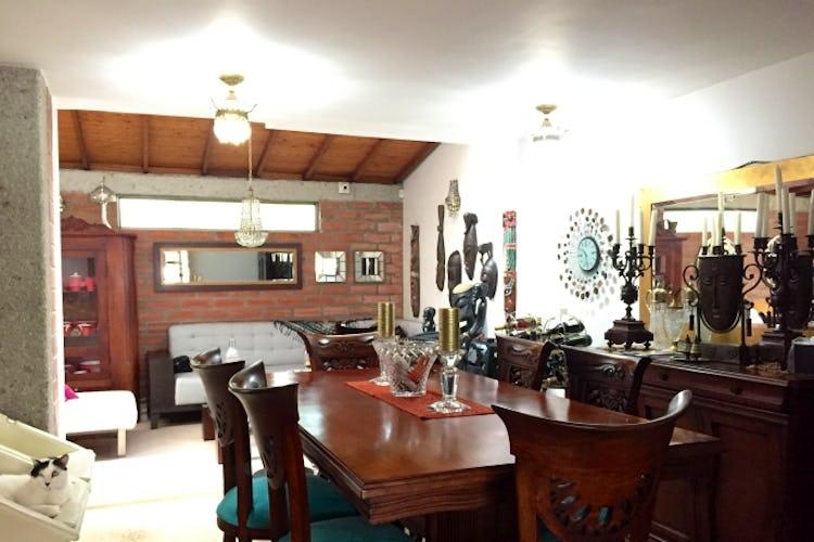 Portada Casa en Loma del Escobero, Envigado - 146mt, tres alcobas
