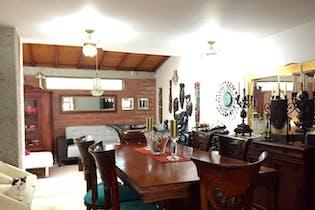 Casa en Loma del Escobero, Envigado - 146mt, tres alcobas