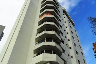 Apartamento en venta en Patio Bonito de 3 hab.
