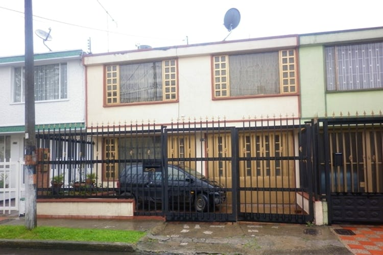 Portada Casa en Normandía, Bogotá