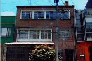 Casa en venta en Barrio Teusaquillo de 9 hab.