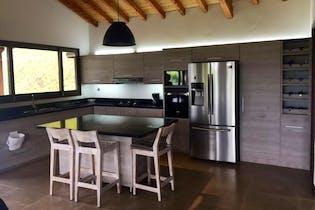 Casa en venta en Casco Urbano El Carmen De Viboral de 4 alcobas