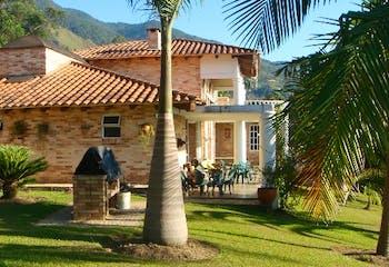 Casa en venta en Los Balsos de 3 hab.