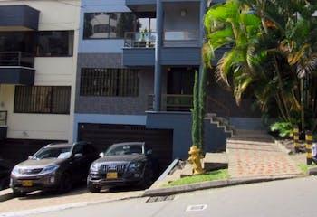 Casa en venta en Los Balsos de 9 habitaciones
