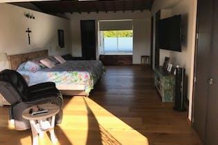 Casa en venta en Guayabito de 4 hab. con Zonas húmedas...