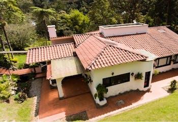 Casa en venta en El Retiro de 376m²