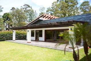 Casa en venta en Guayabito, 420m²