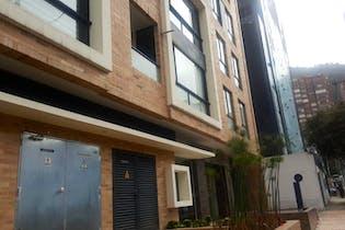Apartamento en Santa Bárbara Central, Bogotá - 112 mts, 2 parqueaderos.