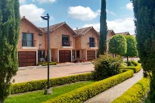 Casa en Altos de la Pereira, Rionegro, 3 Habitaciones- 140m2.