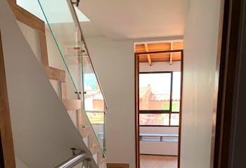 Casa en Niquia, Bello, 3 Habitaciones- 80m2.