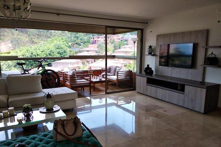 Foto 8 de Apartamento en El Poblado, Medellín