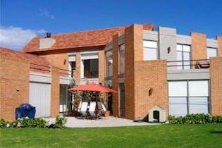 Casa en venta en Condominio Los Arrayanes de 4 alcobas