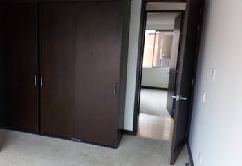 Apartamento en venta en Almendros de 3 hab. con Gimnasio...