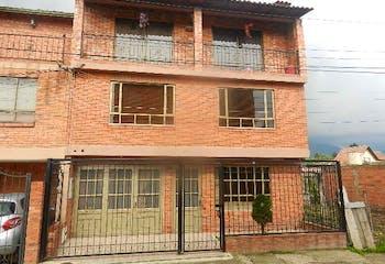 Casa en venta en Chía de 4 alcobas