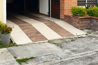 Casa en venta en Autopista Medellín Bogotá de 2 hab.